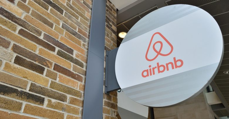 Хакери използваха GDPR, за да атакуват клиенти на Airbnb